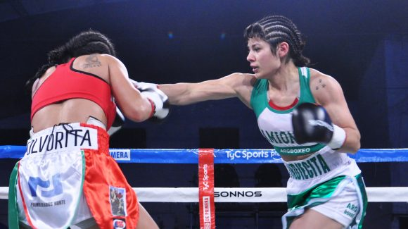 Anahí López dominated Gómez and got crowned in Luis Guillón