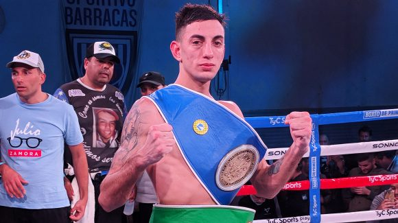Baldor dethroned Gómez and conquered two belts in Buenos Aires