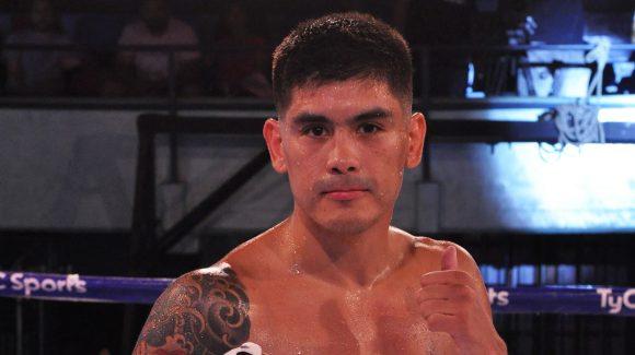 Adrián Verón dominated Bzowski in Río Gallegos
