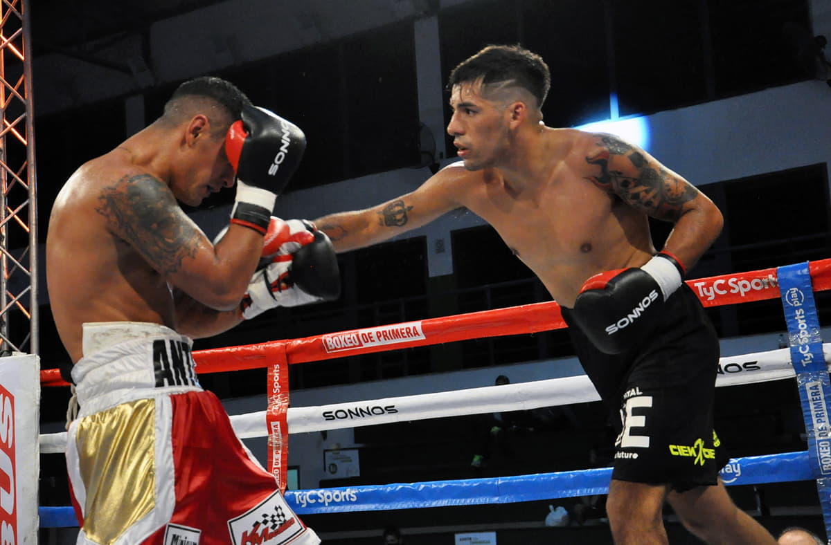 Nicolás Andino vs. César Antín - Argentina Boxing Promotions - Mario Margossian
