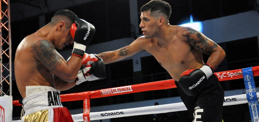 Nicolás Andino outboxed Antín and got crowned