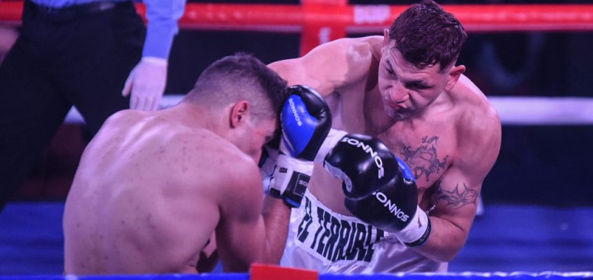 Cóceres destroyed Rosalez in two rounds